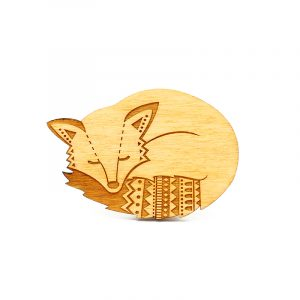 layla amber fox brooch