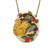 Hungry Squirrel Necklace Layla Amber
