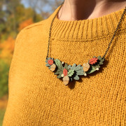 autumn-leaves-necklace-wearing
