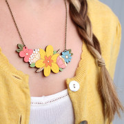 daffodil-posy-necklace-wearing