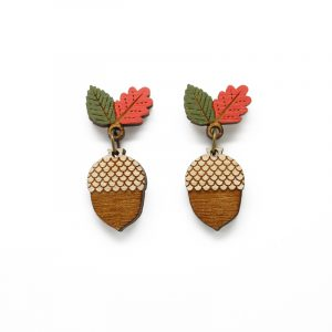 layla amber acorn earrings