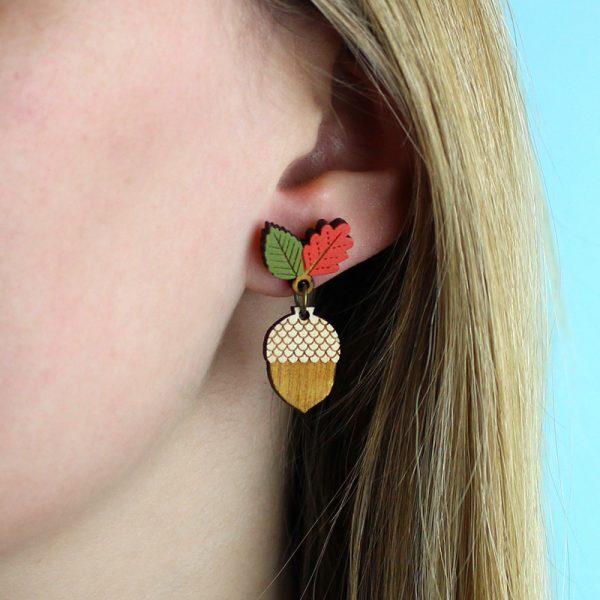 layla amber acorn earrings