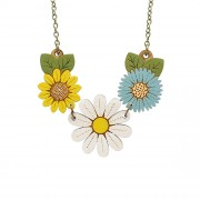 daisy wild flower necklace wb