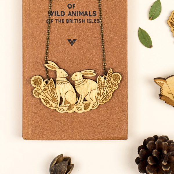 layla amber spring hare necklace