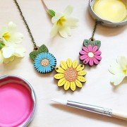 sunflower and wild flowers necklace making shot