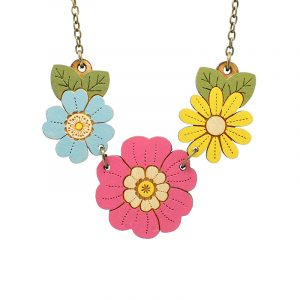 layla amber wild flower necklace