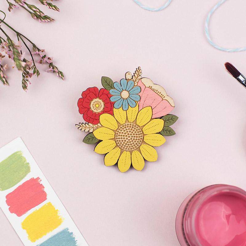 layla amber sunflower brooch