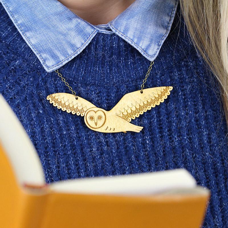 layla amber flying owl necklace