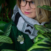 Calathea Brooch Wearing