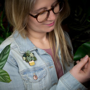 Monstera Brooch Wearing 1