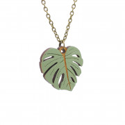 Monsterra Leaf Necklace_wb