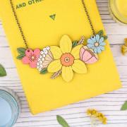 Daff bouquet necklace 1
